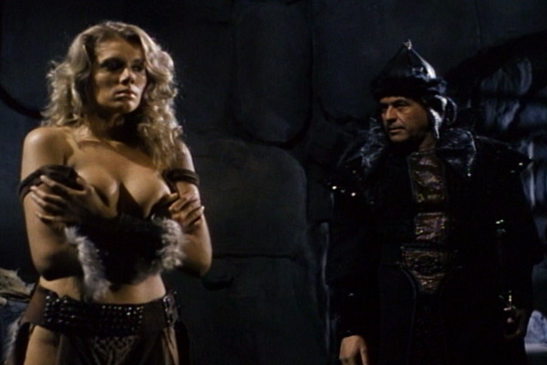 Lana Clarkson as the Barbarian Queen
