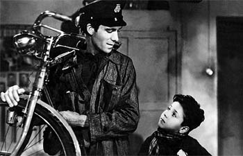"""fathers impression on his son in the film bicycle thieves directed by de sica The film tells of the plight of an unemployed father searching for work in and around depression-hit tokyo, his two young sons by his side thematically, there are many links to be made with de sica's bicycle thieves (below) but, as david bordwell has rightly noted, """"an inn in tokyo brings style into."""