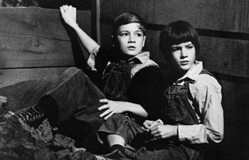 a feeling of being there in to kill a mockingbird a novel by harper lee A summary of themes in harper lee's to kill a mockingbird  the novel approaches this question by dramatizing scout  , rather than being simply creatures.